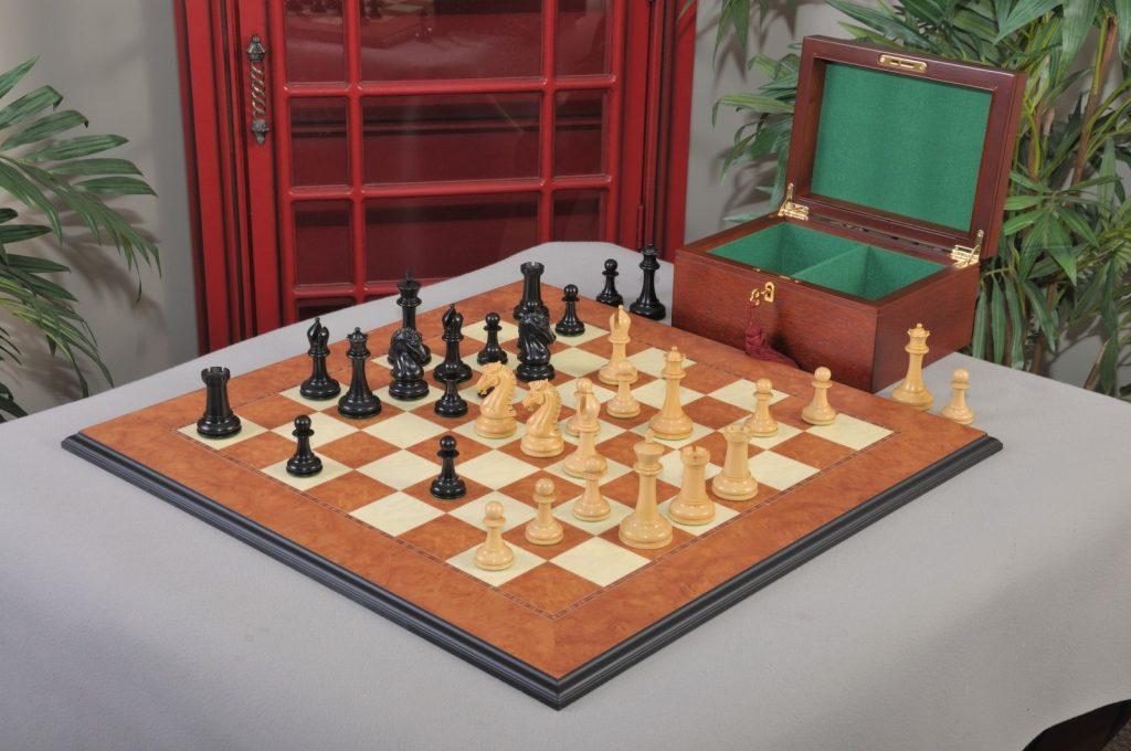 2020 Cairns chess set