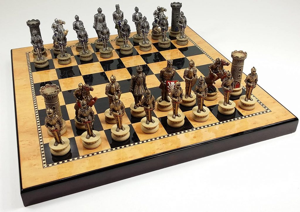 Medieval Times Crusades Gold & Silver Warrior Knights Chess Men Set