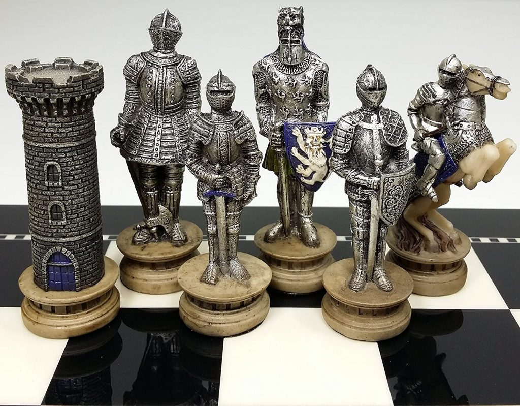 HPL Medieval Times Crusades Gold and Silver Armored Warrior Knight Chess Men Set