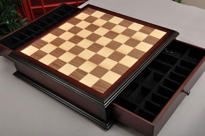 Classical Tiroir Chess Board