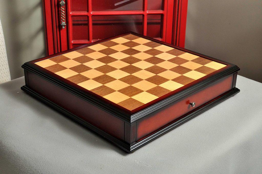 Antique Tiroir Chess Board