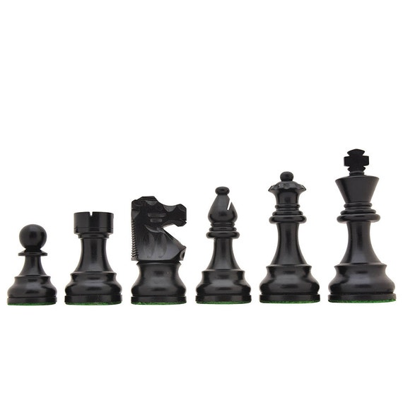 French Lardy Exclusive Chess Pieces