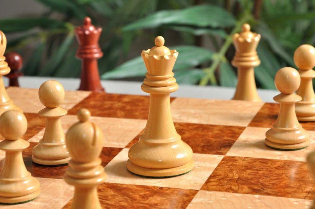 Luxury Commemorative Chess Pieces